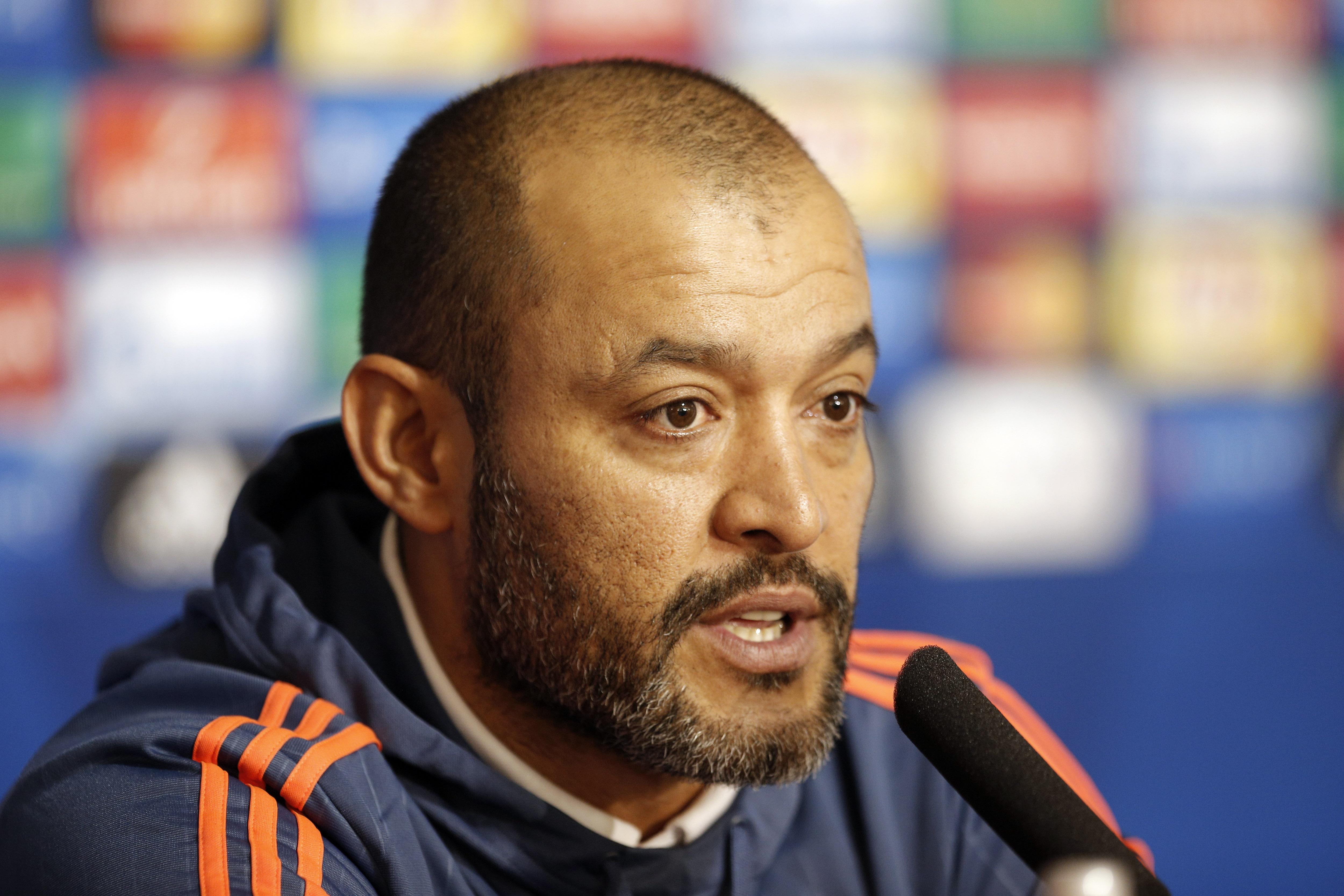 Wolves-manager håber på længere ferie til klubber i...